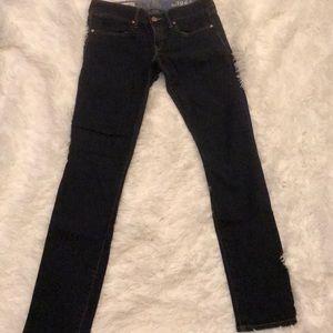 Dark rinse skinny jeans